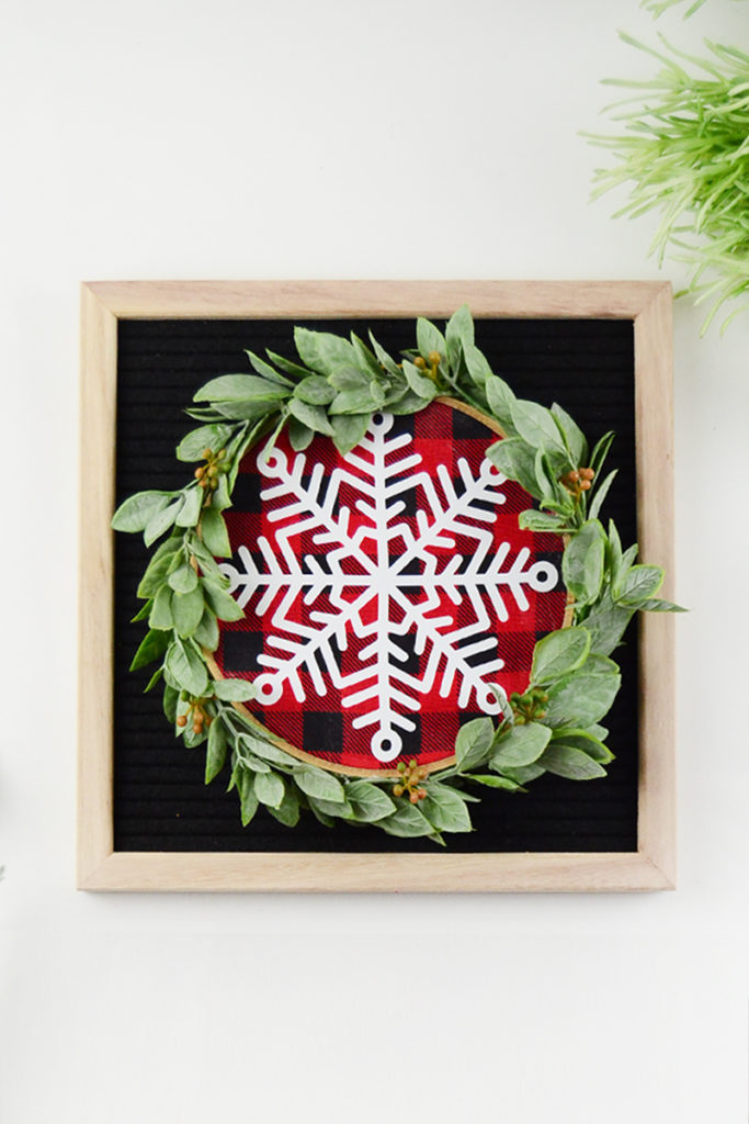 Embroidery Hoop Buffalo Plaid Mini Wreath | 50 Awesome DIY Yule Decorations and Craft Ideas You Can Make for the Winter Solstice
