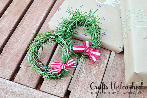 Fresh herb rosemary mini wreaths | 50 Awesome DIY Yule Decorations and Craft Ideas You Can Make for the Winter Solstice