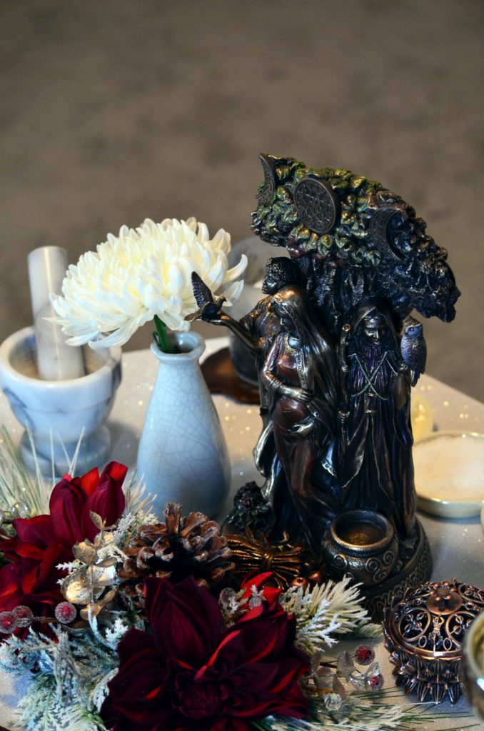 14 Ways for Witches to Deepen Their Spiritual Practice